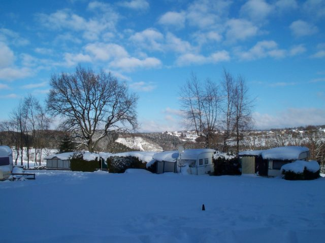 Camping_winter_2005_2-001